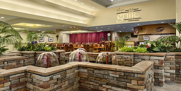 Embassy Suites Dining in The Grille